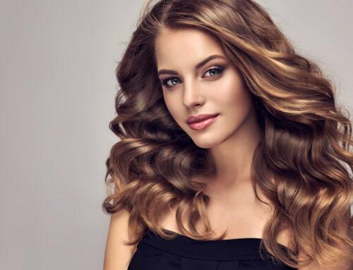Ulei de ricin pentru păr: cum îl folosești corect
