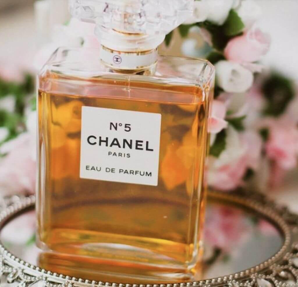 parfumuri_frantuzesti