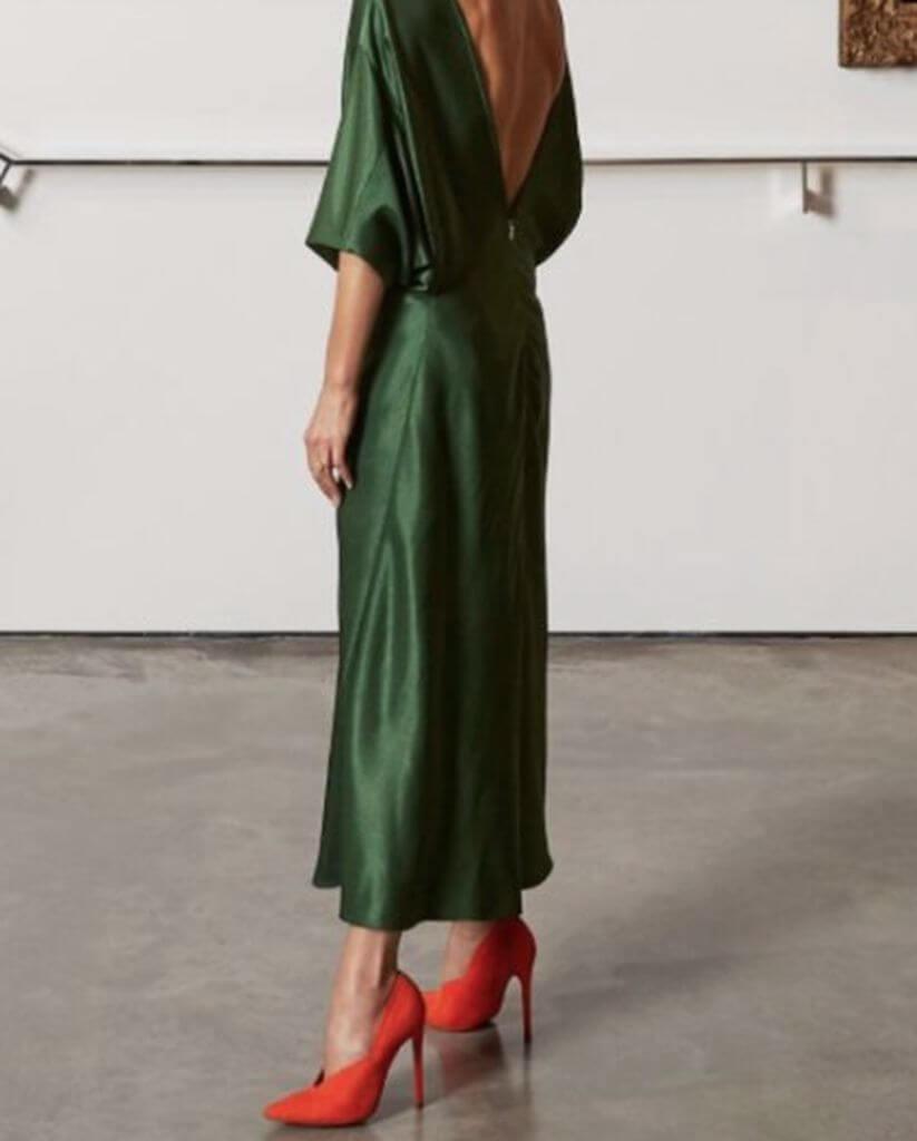 culoarea_pantofilor_in_functie_de_rochie